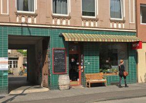 Seit 2003 in Ehrenfeld: Oliver Nelles und sein Weingeschäft